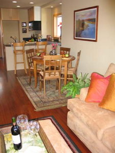 Home Stager Condo 1